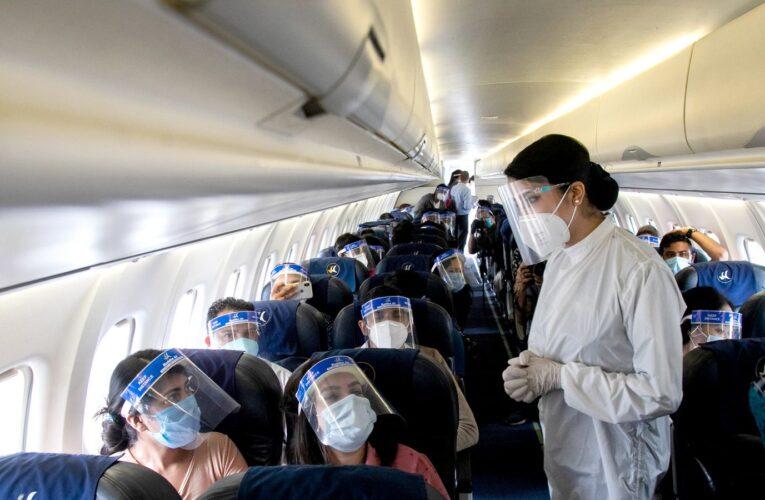 OMS: Riesgo de transmisión en aviones es bajo pero no nulo