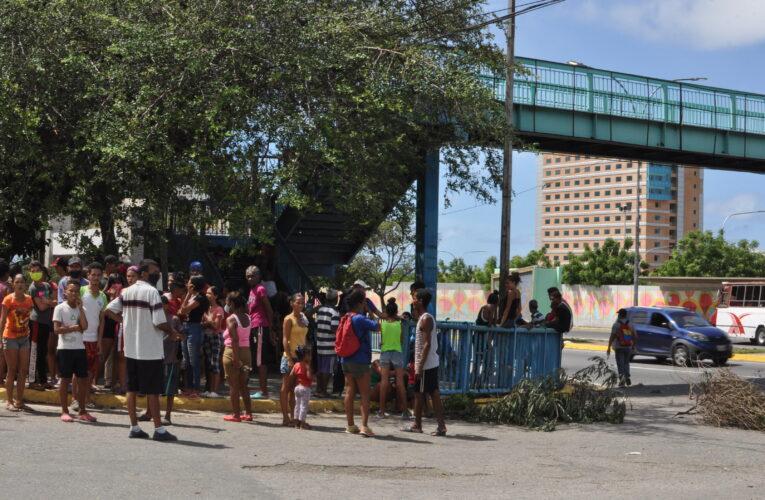 El hambre llevó a vecinos de Barrio Aeropuerto a protestar
