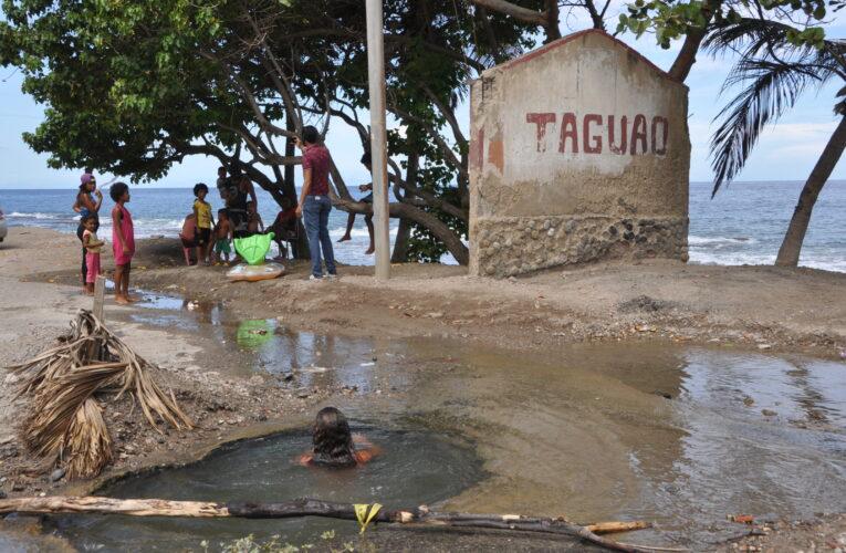 Hueco en Taguao se convirtió en piscina