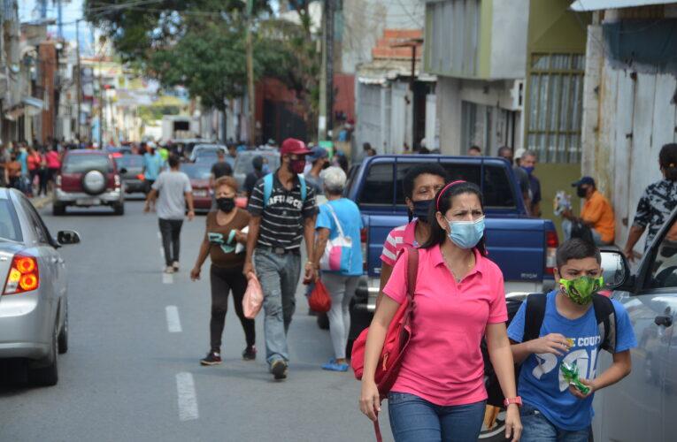 Maduro oficializa flexibilización en diciembre