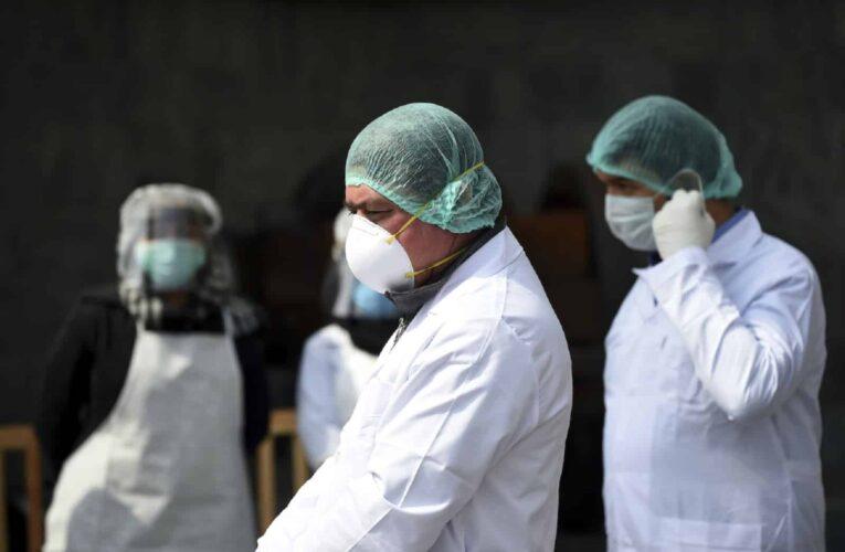 Exigen liberación de médicos detenidos