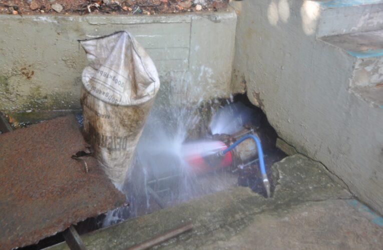 En San Remo se pierden miles de litros de agua por una avería