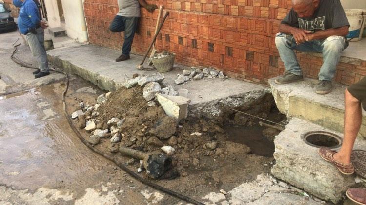 En El Cardonal rebosan las aguas servidas