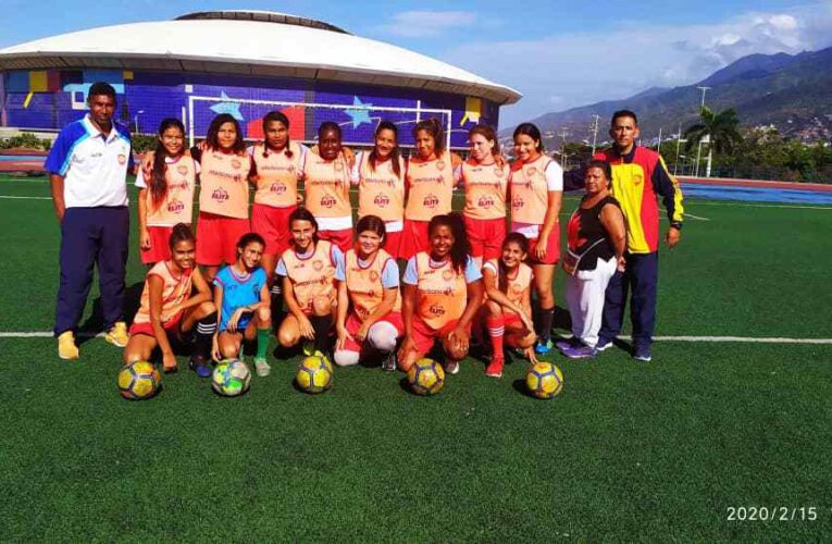 Varguenses FC celebra su segundo aniversario