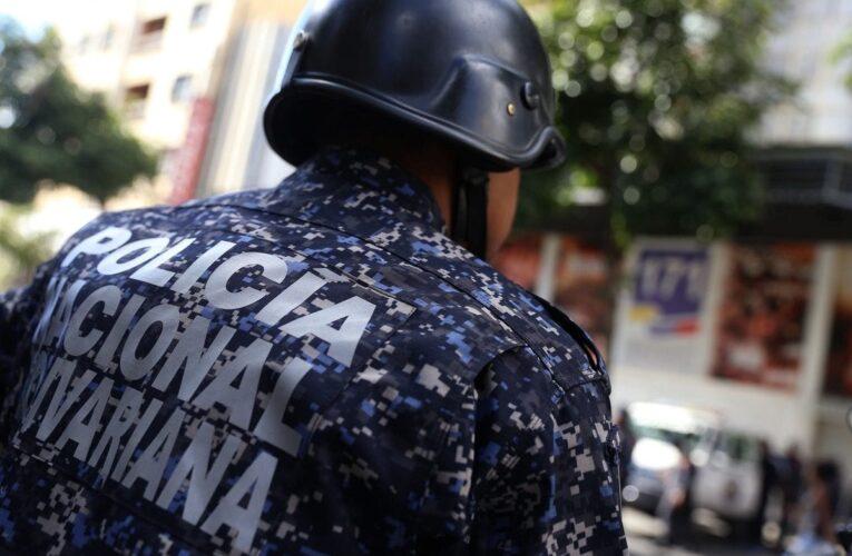 Banda de «El Coqui» mata a un PNB, hiere a dos y les roba las motos