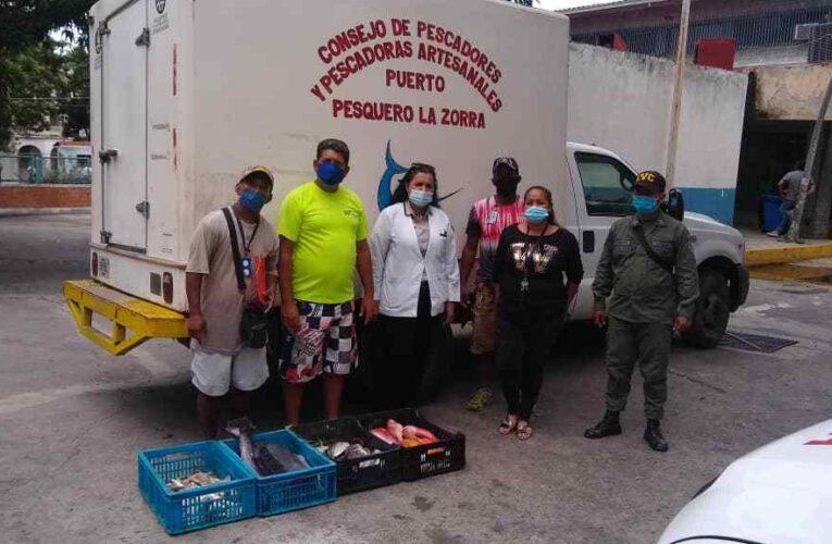 Pescadores de La Zorra donaron 150 kilos de pescado