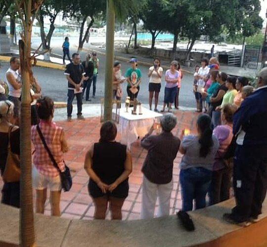 Vecinos de Macuto rezarán rosario a la Virgen de Fátima