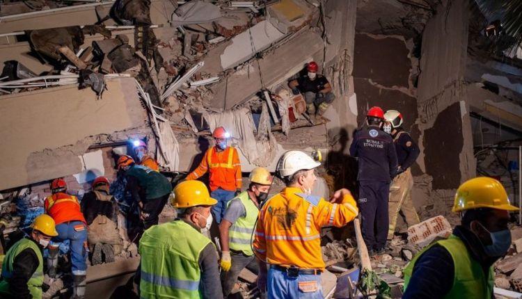Suben a 62 los muertos por sismo en Turquía