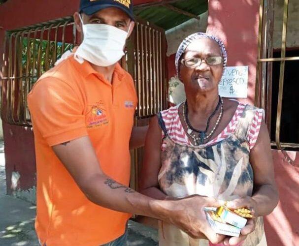 Vargas Salud entregó recursos en Carayaca