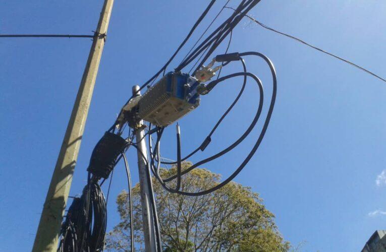 """""""Nos cortan el cable y nos cobran $20 para restablecer el servicio"""""""
