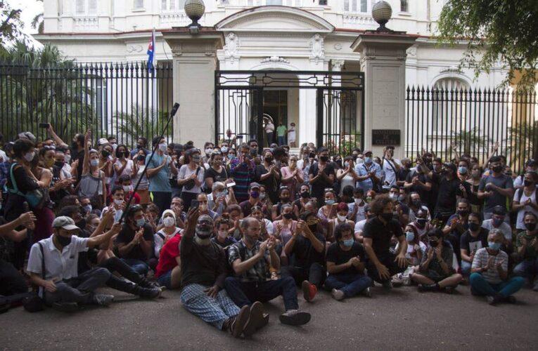 Cuba restringió el internet tras protestas