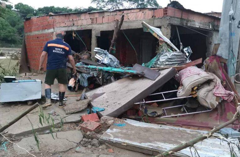 Muere familia venezolana en Cúcuta al caerles una pared