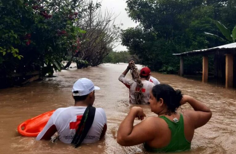Iota causa 25 muertos en Centroamérica