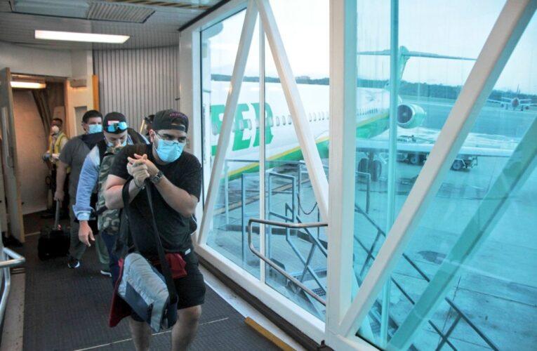 Láser: Cuarentena para pasajeros internacionales no será obligatoria