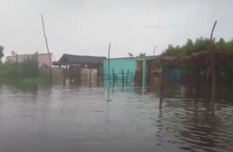 """Mara y Guajira en """"alerta máxima"""" por fuertes lluvias"""