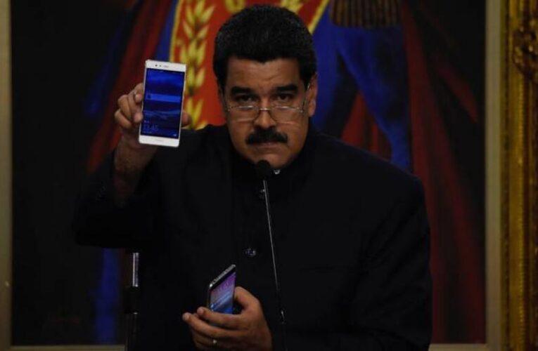 Maduro llama a regular las redes sociales