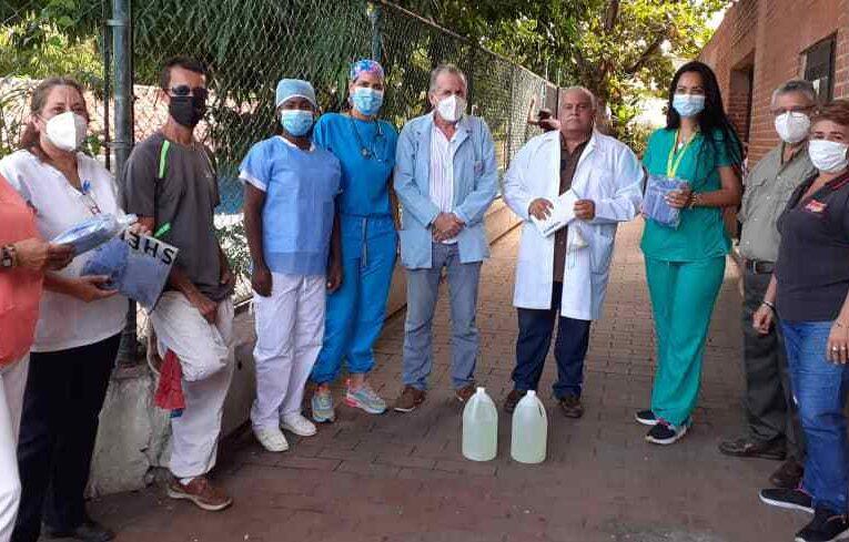 Médicos Unidos de Venezuela donó equipos de protección en Caraballeda
