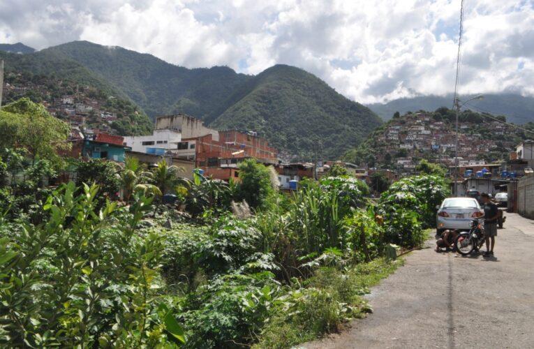 En la entrada de Quenepe exigen saneamiento de la quebrada Piedra Azul