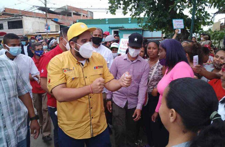 Maduro Guerra: Vamos a levantar La Guaira