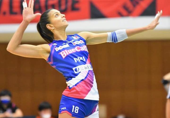 Roslandy Acosta debutó en el voleibol japonés