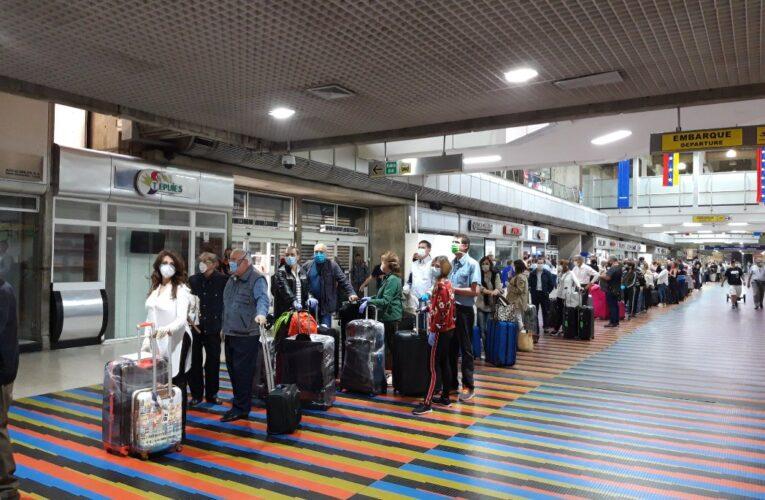 Alav espera el reinicio de los vuelos a Europa y Colombia