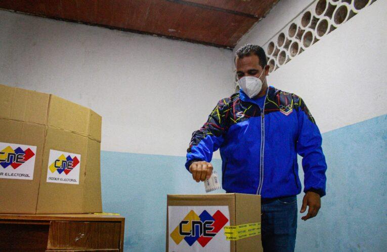 «Votamos contra el bloqueo criminal»