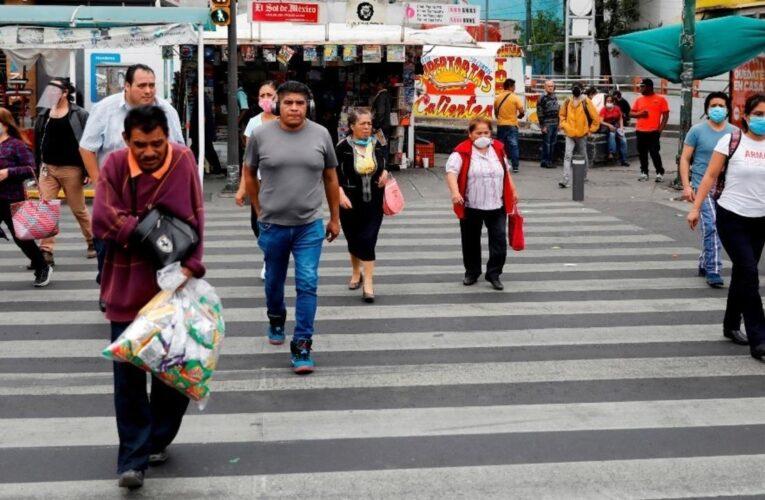"""OMS llama a México a """"tomarse muy en serio"""" el covid"""