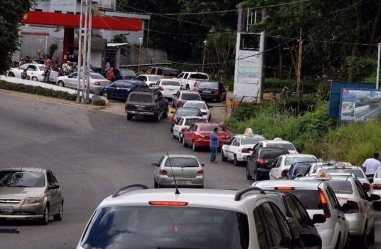 Pelean por gasolina regalada en Anzoátegui
