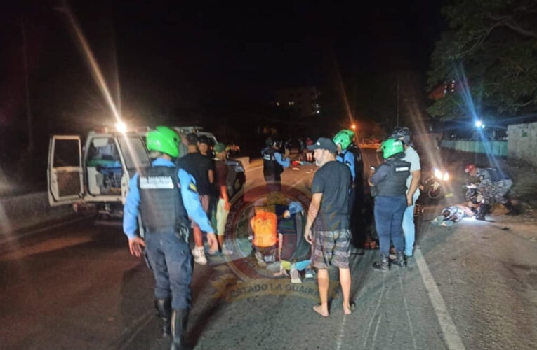 Un muerto y 2 heridos en choque de motos en Tanaguarena