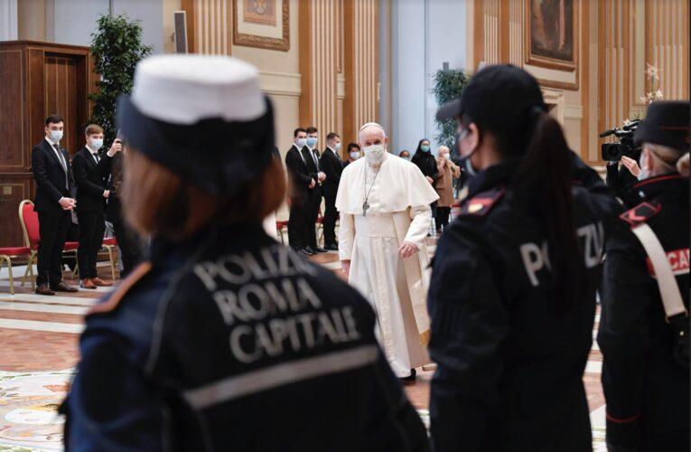 """El papa rogó por el """"fin al sufrimiento del pueblo venezolano»"""