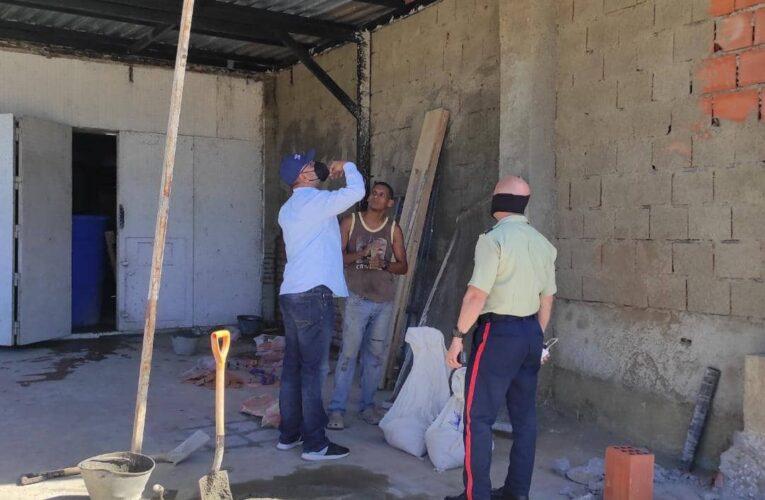 Multan construcciones no autorizadas en Vargas