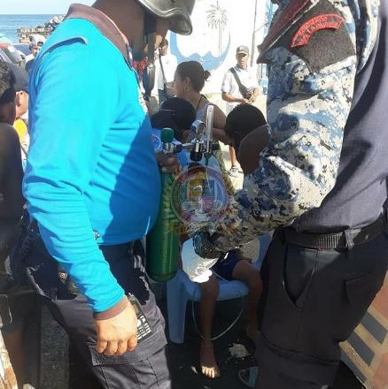 Un niño casi se ahoga en Playa El Yate