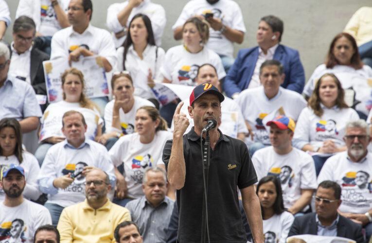 Capriles propone cambiar estrategia y negociar con el chavismo