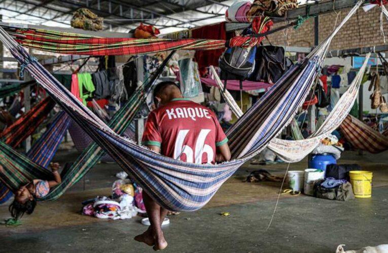 En una semana 300 indígenas migraron hacia Brasil