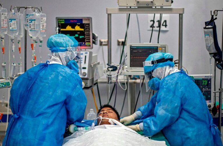 Racionan el oxígeno en Perú y EEUU por rebrote