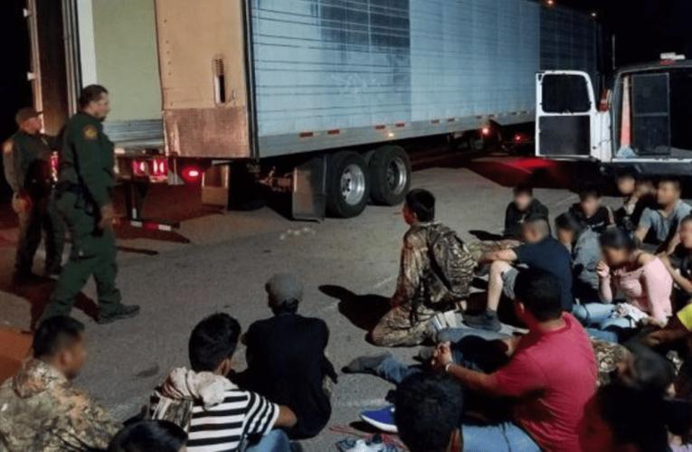 EEUU: Patrulla Fronteriza halla a migrantes venezolanos escondidos en camión