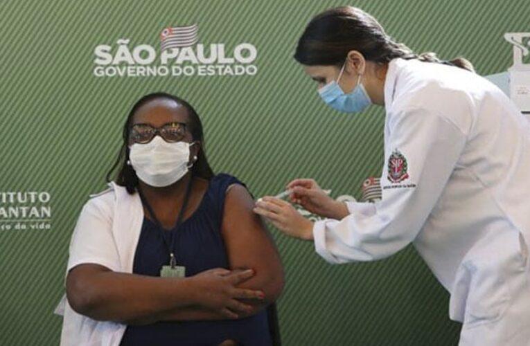 Brasil aprueba uso de vacuna de Pfizer