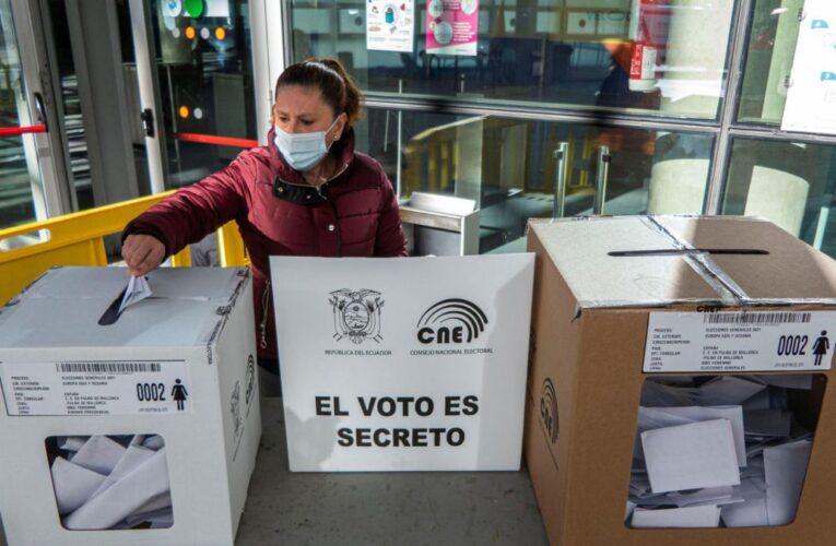 Ecuador irá a segunda vuelta el 11 de abril