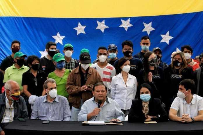 Oposición debatirá su participación en las regionales