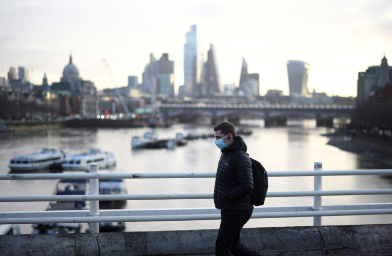 Nueva cepa detectada en 10 países preocupa a expertos