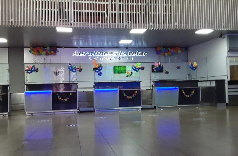 Despidos masivos en el aeropuerto aterran a los pocos empleados que quedan