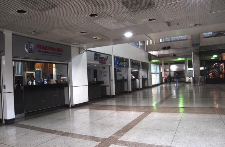 Urge autorización de vuelos para evitar quiebra de aerolíneas