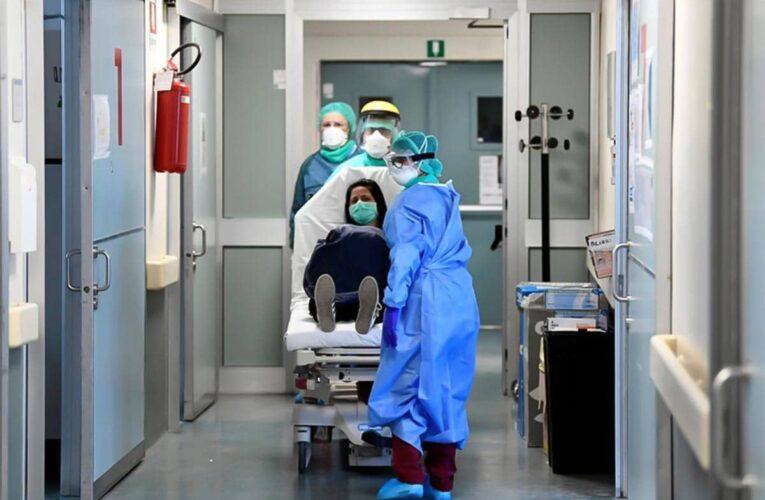 Gobierno fija tarifas de servicios médicos para covid-19