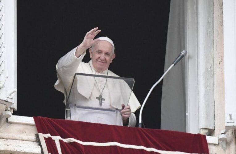 Papa pide apoyar a pacientes de enfermedades raras