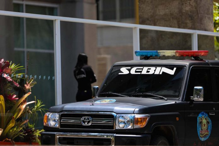 Sebin allana casa de periodista que denunció falta de anticonceptivos