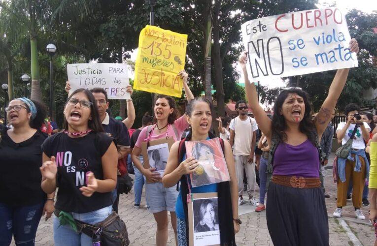 """""""Se requieren mejores políticas públicas para evitar femicidios"""""""