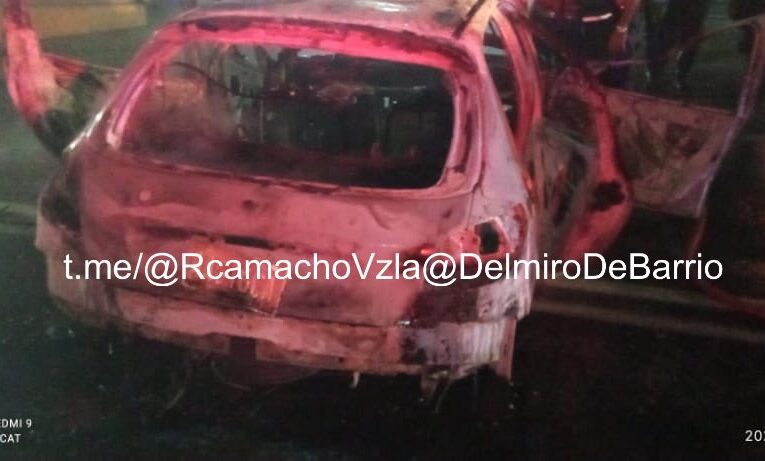 Se incendió un carro en Boquerón I