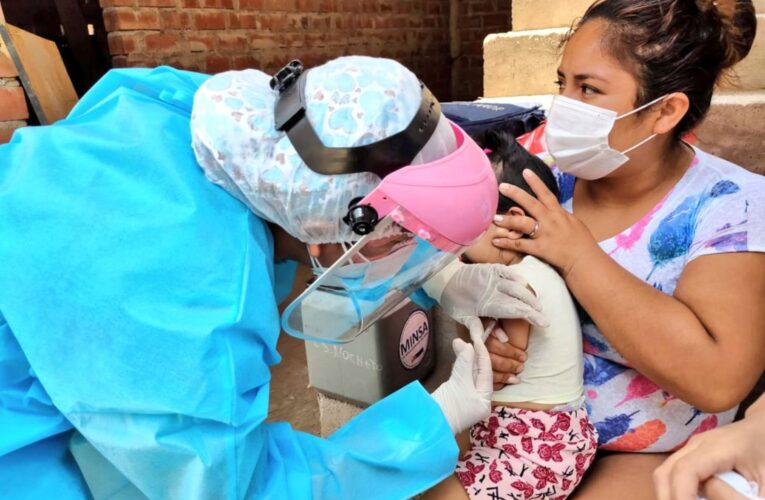 Perú recibe 50.000 dosis de Pfizer