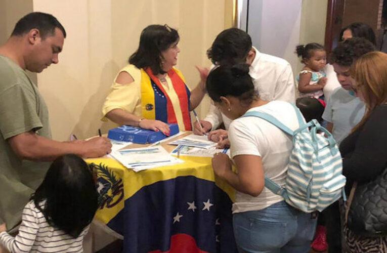 ONG recoge firmas para pedir a Biden un TPS para venezolanos