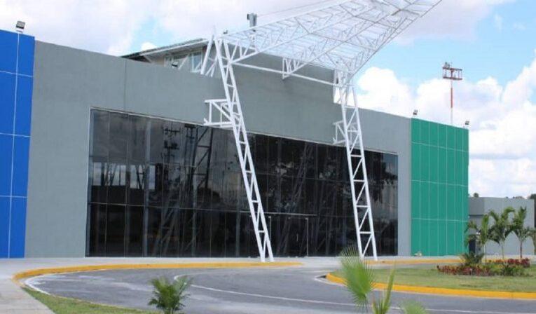 Reinauguran aeropuerto de Portuguesa para vuelos comerciales